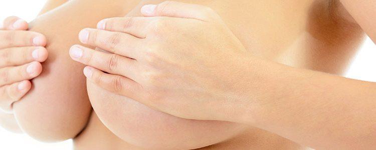 Diez consejos para las mujeres que quieren aumentarse el pecho