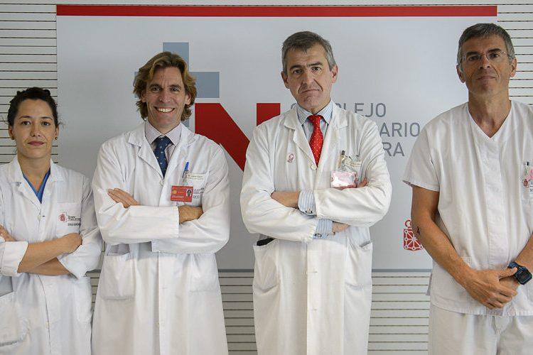 Una nueva y pionera técnica en Navarra permite la reconstrucción inmediata de la mama tras una operación de cáncer